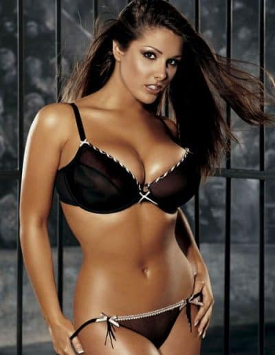 Lucy Pinder (2)