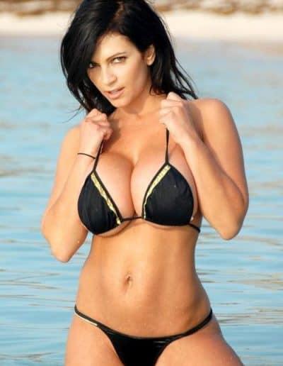 Denise Milani (8)