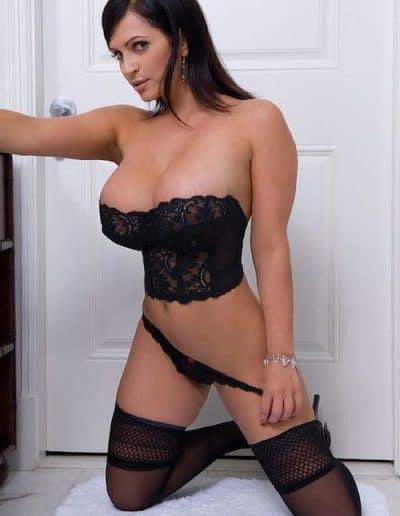 Denise Milani (9)