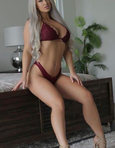 Laci Kay Somers (1)