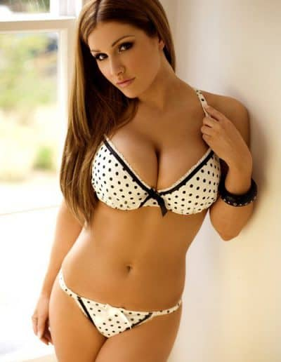Lucy Pinder (11)